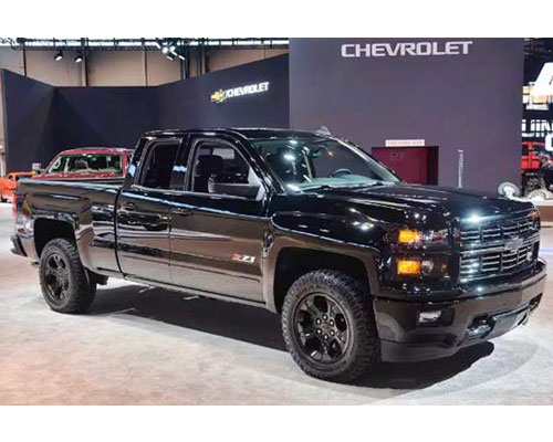 2018-Chevy-Silverado-side