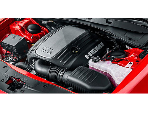 2018-Dodge-Charger-engine