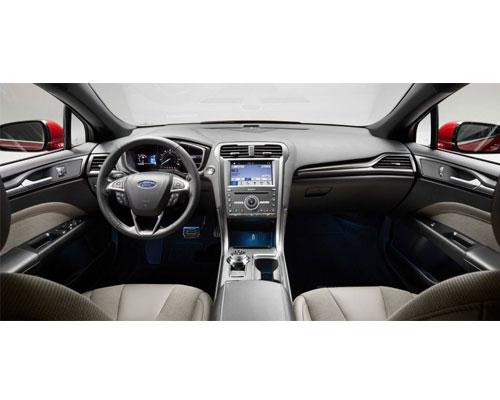 2018-Ford-Fusion-interior