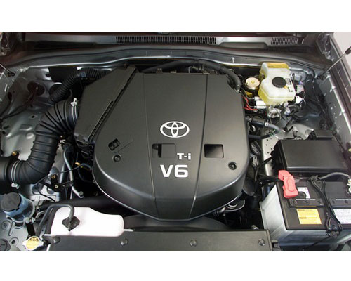 2018-Toyota-4Runner-engine
