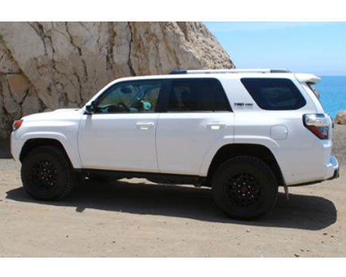 2018-Toyota-4Runner-side