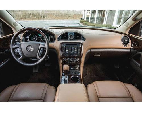2017-Buick-Enclave-interior