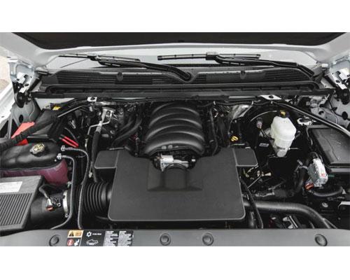 2017-Chevy-Silverado-engine