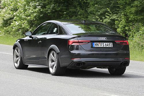 2018-Audi-RS5-back