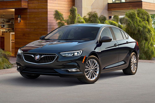 2018-Buick-Regal-front