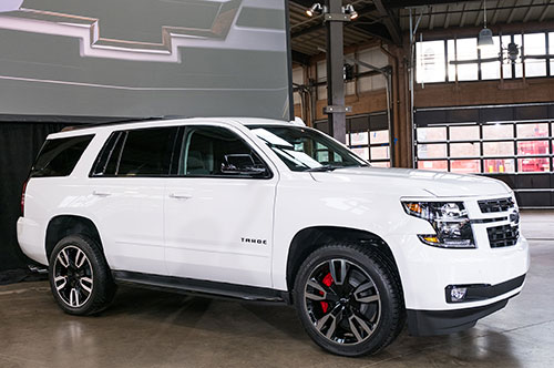 2018-Chevy-Tahoe-side