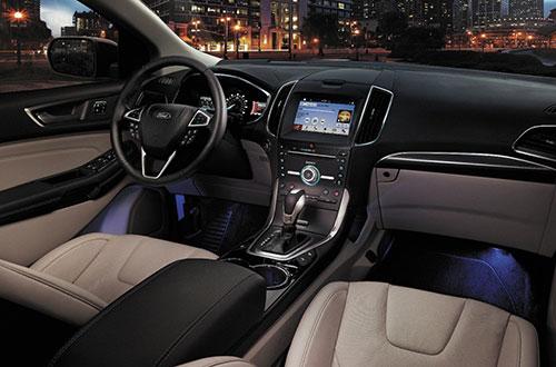 2018-Ford-Edge-interior