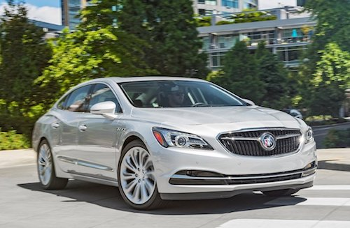 2018 Buick Lacrosse front