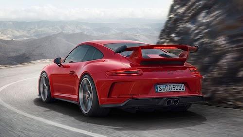 2018 Porsche 911GT3 back