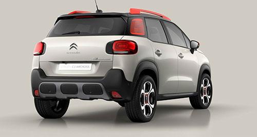 2018-Citroen-C3-Aircross-back