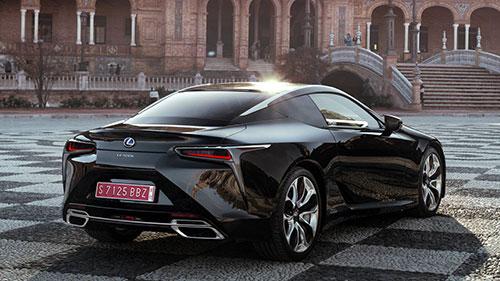2018-Lexus-LC-500-back