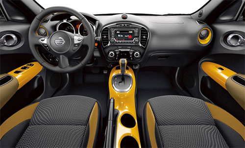 2018-Nissan-Juke-interior