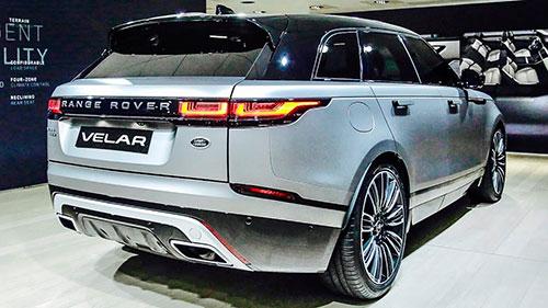 2018-Range-Rover-Velar-back