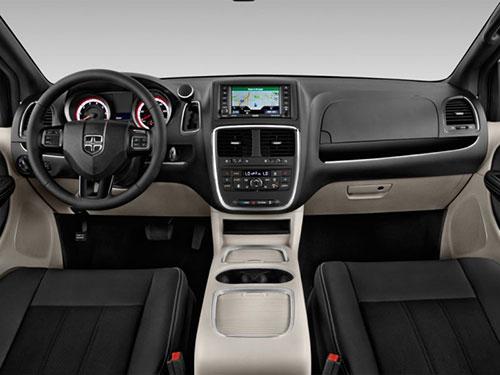 2018-Dodge-Grand-Caravan-interior