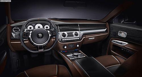 2019-Rolls-Royce-Cullinan-interior