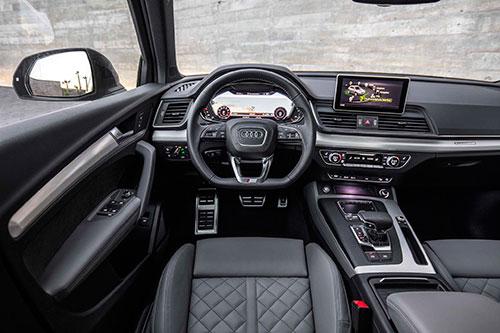 2018-Audi-Q5-interior