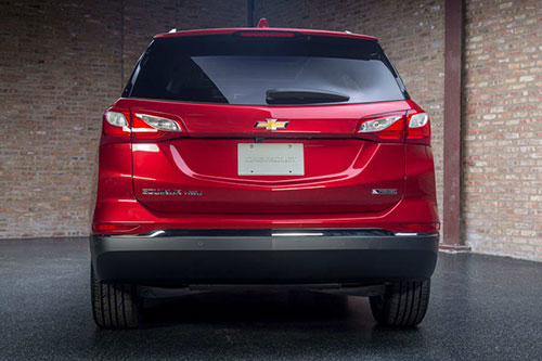 2018-Chevrolet-Equinox-back