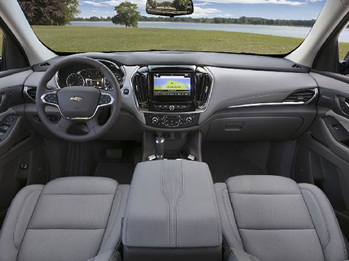 2018-Chevrolet-Traverse-interior