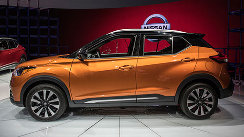 2018-Nissan-Kicks-side