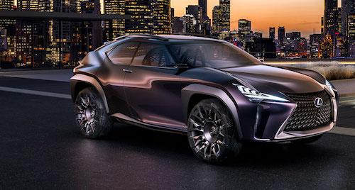 2019 Lexus UX side