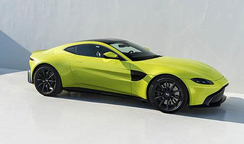 2018-Aston-Martin-Vantage-side