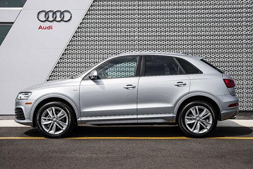 2018-Audi-Q3-side
