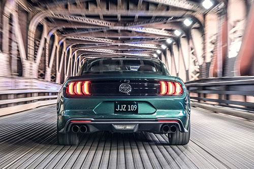 2018-Ford-Mustang-Bullitt-back