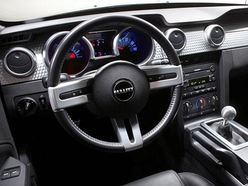 2018-Ford-Mustang-Bullitt-interior