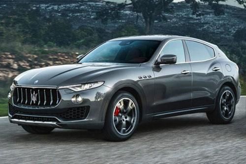 2018-Maserati-Levante-GTS-side