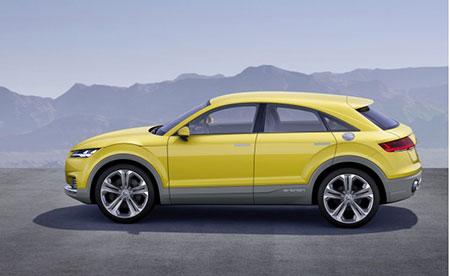 2019-Audi-Q4-side