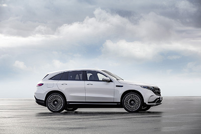 2020-Mercedes-Benz-EQC-400-side