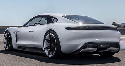 2020-Porsche-Taycan-back